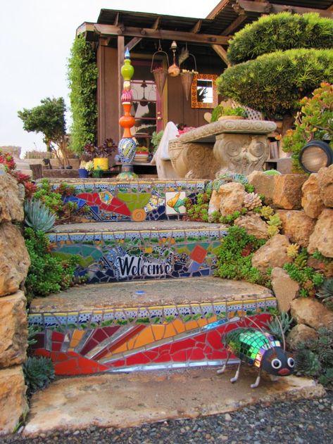 Workshop calendar - Passiflora Mosaics - Fred & Donnell Pasion - Awilda V. Mosaic Garden Art, Mosaic Flower Pots, Mosaic Pots, Pebble Mosaic, Mosaic Glass, Mosaic Wall, Mosaic Crafts, Mosaic Projects, Garden Projects