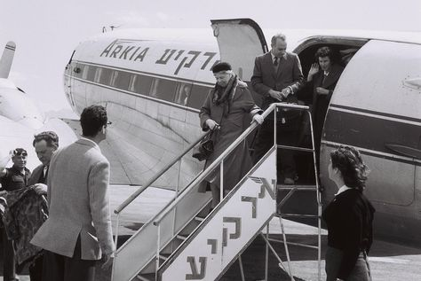 Former First Lady  Mrs. Eleanor Roosevelt arriving for a visit in Eilat on an Arkia airplane. March 26, 1959. ❤❁❤❁❤❁❤❁❤❁❤  http://www.fdrlibrary.marist.edu/aboutfdr/biographiesandmore.html    http://en.wikipedia.org/wiki/Home_of_Frank lin_D._Roosevelt_National_Historic_Site  http://www.historichydepark.org/  http://www.nps.gov/nr/travel/presidents/eleanor_roosevelt_valkill.html  http://www.nps.gov/elro/index.htm