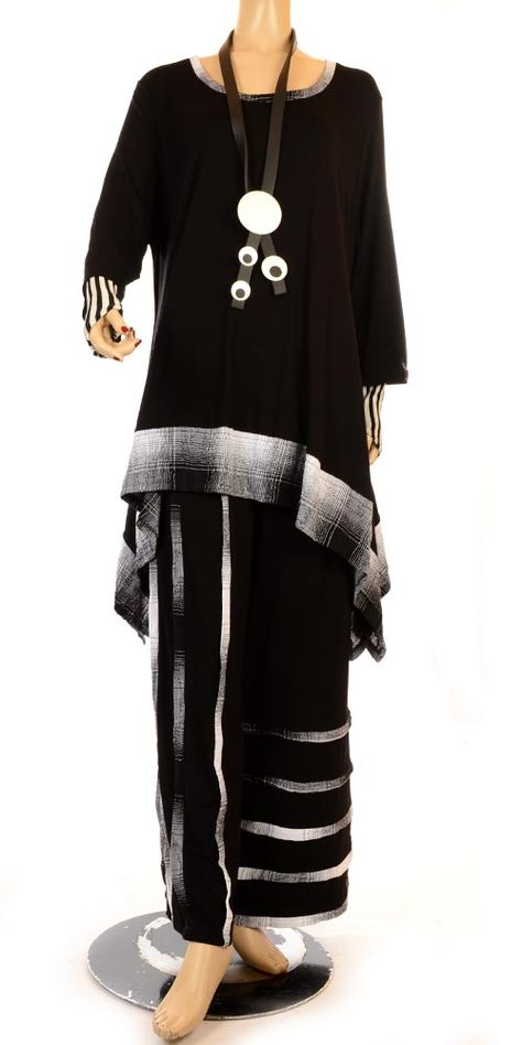 I love the top and can see it made into a Jacket.. I have some black cashmere!!