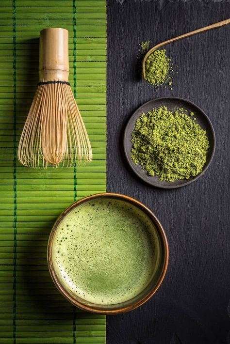A Matcha Made in Heaven. If you're looking for an energy boost that's also packed with antioxidants and chlorophyll, matcha is your drink. Try our recipe for Matcha Tea Coconut Latte, a creamy treat that's too good to miss. What Is Matcha, Best Matcha Tea, Japanese Matcha Tea, Coconut Latte Recipe, Matcha Tea Benefits, Photo Food, Japanese Tea Ceremony, Green Powder, Tea Recipes
