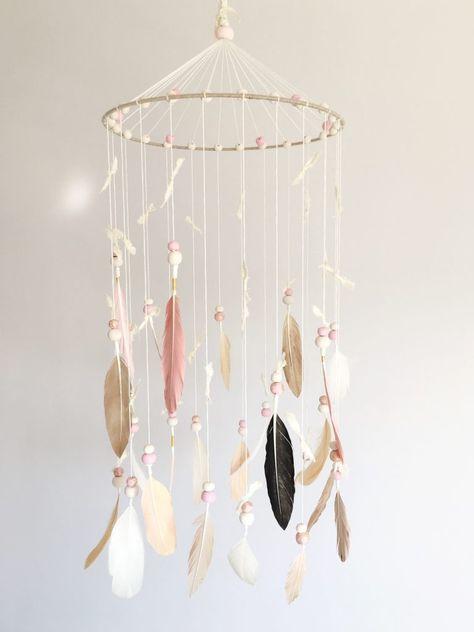 DIY Nursery Mobile Tutorial by Melanie from Nestworthy