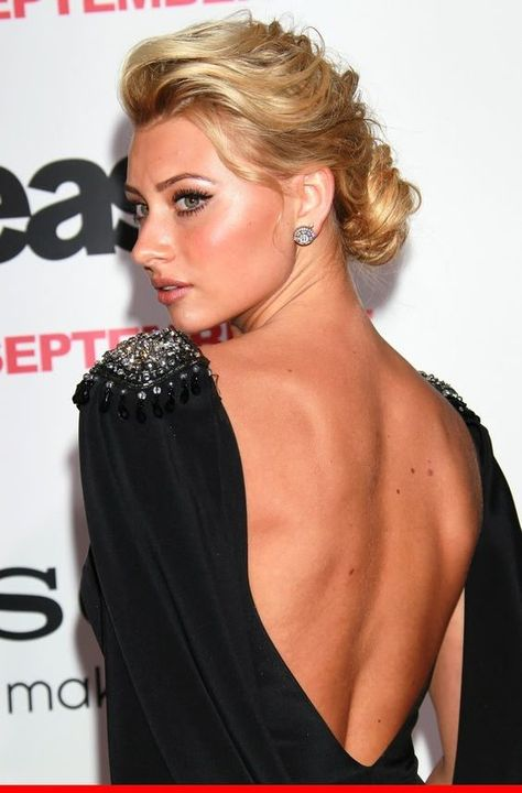 49 Hot Pictures Of AJ Michalka Will Make You Drool For Her