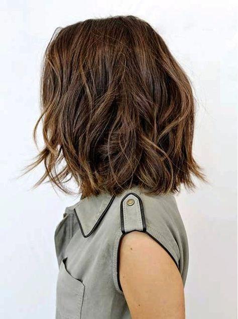 10 Bob Frisuren Fur Dicke Welliges Haar Frauen Absolut Lieben Stile Mit Bewegung Haarschnitt Haarschnitt Kurz Mittellange Haare
