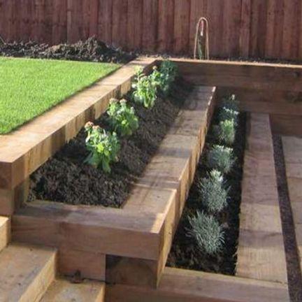 Sleepers Biggleswade Southill Sawmills Stutzmauer Garten Abschussiger Garten Abgestufter Garten