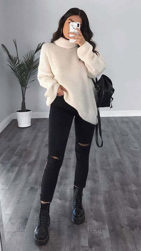 Winter outfits going out - winteroutfits ausgehen - tenues d'hiver sortant - trajes de invierno saliendo - winter outfits casual, winter outfits cold, winter outfits for teen…More Trendy Fall Outfits, Casual Winter Outfits, Winter Fashion Outfits, Simple Outfits, Stylish Outfits, Fashion Dresses, Fashion Shoes, Fashion Jewelry, Autumn Outfits Women