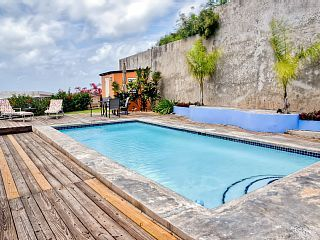 Hgtv Beachfront Bargain Hunt Home Relaxing 1br Vieques Island Home W Private Pool Wifi Beautiful Views Of Bio Bay Island House Beachfront Bargains Vieques