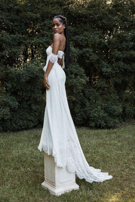 La robe de mariée Noah de la collection 2021 Grace Loves Lace   Tendance mariage : interview de la créatrice de Grace Loves Lace pour ses robes de mariée 2021   Vogue Paris