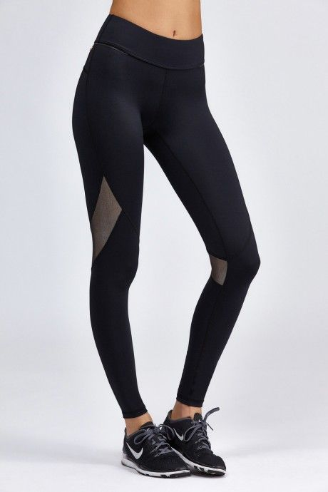 fa028d702ea901 I love the mesh detail in these leggings. The Myprotein Women's Core  Cropped Leggings offer a tight and comfortable fit whilst remai…
