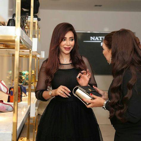 Celebrities In Dubai It S Shopping Time Celebrities Shopping Dubai