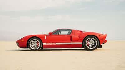 Win A Rare 2005 Ford Gt And 20 000 In 2021 Ford Gt Super Cars Ford
