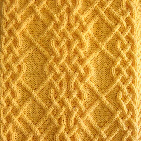 Ravelry: Celtic Motif (knot #4) pattern by Devorgilla's Knitting (sometimes...)