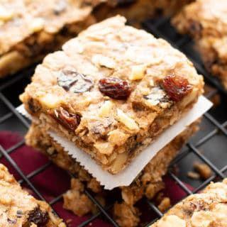 The Best Vegan Oatmeal Raisin Bars Recipe Chewy Centers Crispy