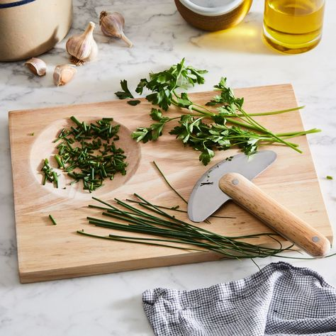 How to Store Fresh Herbs So They Last And Last