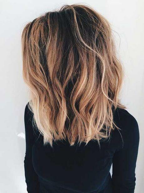 Mittlere Länge Der Populären Frauen Frisuren Frisuren