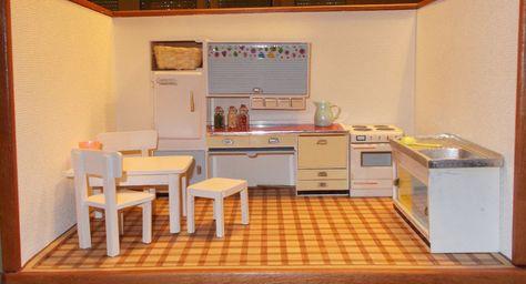 148 best 50er puppenhaus images on Pinterest Doll houses - küche 70er stil