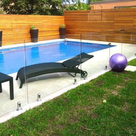 Glass and Wood Pool Fencing | Pool Fencing Ideas | Pinterest ...