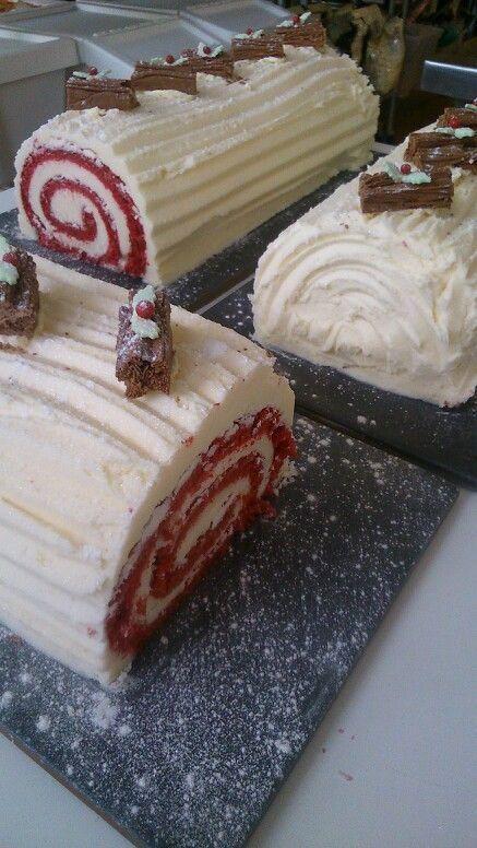 Yule Log Recipe Yulelogcake Food Red Velvet Red Velvet Yule Log In 2020 Yule Log Recipe Yule Log Cake Xmas Desserts