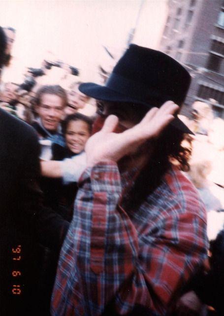 e2b33a55a1bb3f Michael Jackson — Michael Jackson - Amsterdam (1997) | // mj ...