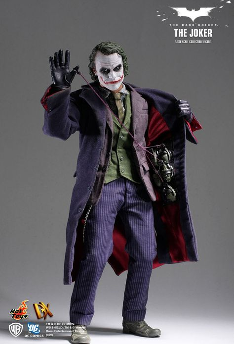 ultra realistic scale Joker from the Dark Knight. Collectible action figures from hot toys. Joker is an awesome DC comics character!