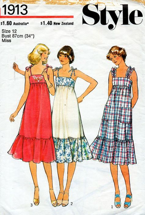 Empire Line Sun Dress Pattern Style 1913 by BessieAndMaive Fashion Sewing, 70s Fashion, Fashion History, Vintage Fashion, Vintage Skirt, Vintage Dresses, Vintage Outfits, Vintage Sewing Patterns, Clothing Patterns