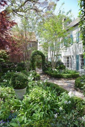Image Result For Charleston Sc Garden Design Charleston Gardens Southern Landscaping Front Yard Landscaping