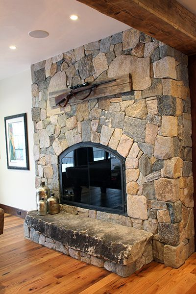 Country Home For Entertaining In Rustic Luxury Natural Stone Fireplaces Natural Stone Kitchen