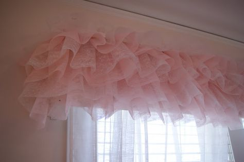 Tulle Valance...beautiful   S. room for sure!  Not oo much money tospend on window coverings for rental.  Lace and tulle.