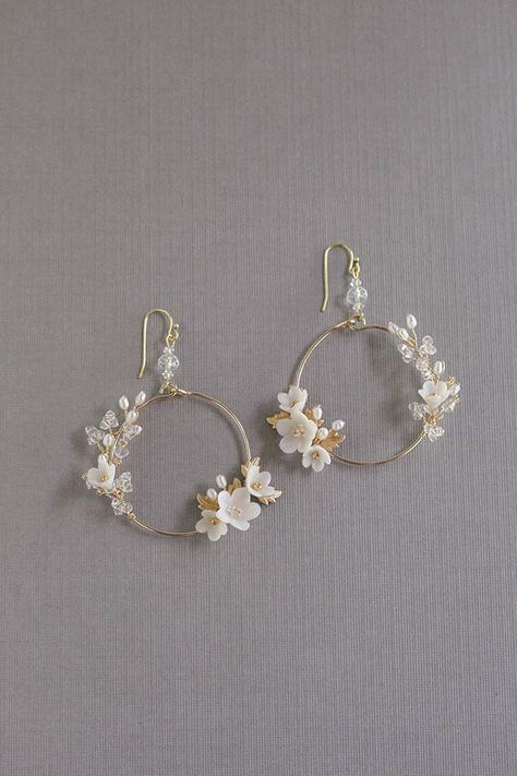 ALL ABOUT ROMANCE | FLEURS PETITES Bridal Statement Earrings - #about #Bridal #earrings #fleurs #petites #romance #statement -  ALL ABOUT ROMANCE | FLEURS PETITES Bridal Statement Earrings   アクセサリー ALLES ÜBER ROMANTIK | FLEURS PETITES Braut Statement Ohrringe