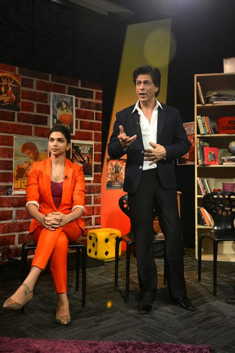Deepika Padukone and Shah Rukh Khan promoting 'Happy New Year' at an event to celebrate Diwali with the India Today group.