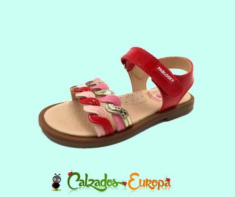 01b3b8c8 En nuestra zapatería infantil online puedes comprar 👧 sandalias y  menorquinas de niña 👧 a un precio muy ajustado ¡Elige entre un montón de  modelos y ...