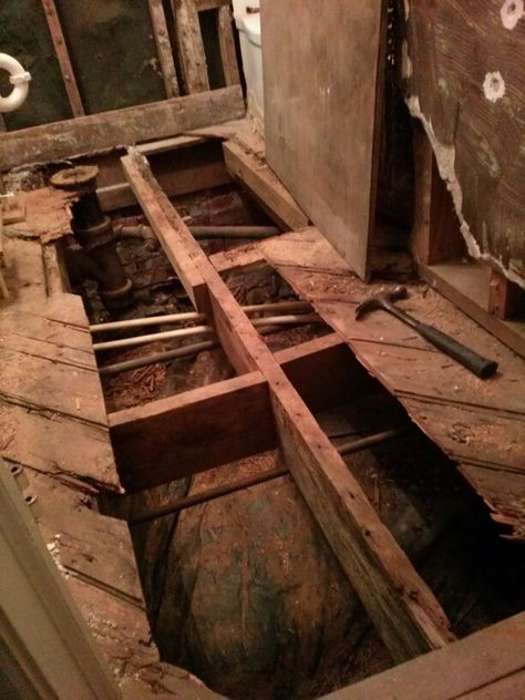 Well, as i expected...found several spots that had water damage. Time to get down to business, tomorrow i will replace the floor joist and subfloor so everthing is good as new.
