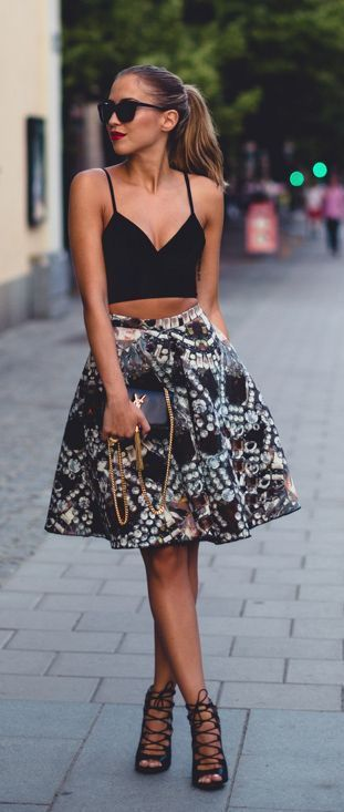 #street #style crop top + floral @wachabuy