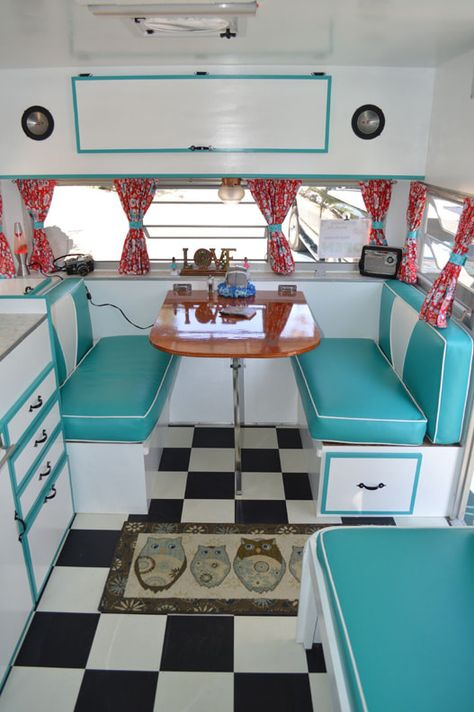 Old Camper Ideas Retro Camper Interior Ideas 136 Mobmasker. Old Camper Ideas 10 Rv Decorating Ideas You Need To See Rvshare. Old Camper Ideas Pop Up Old Camper Remodel Luxury Ideas For Old Camper Remodel. Old Camper Ideas 45 Top… Continue Reading → Retro Campers For Sale, Vintage Campers Trailers, Rv Campers, Camper Trailers, Vintage Motorhome, Retro Travel Trailers, Small Campers, Vintage Airstream, Teardrop Camper Interior