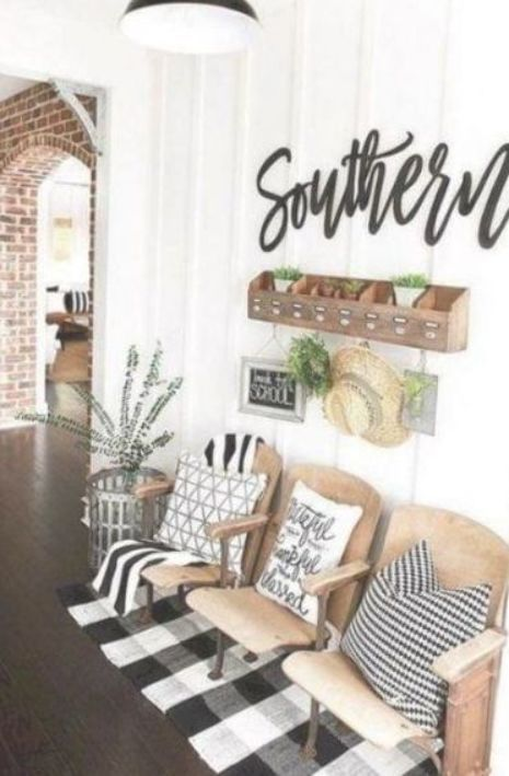 Entryway Ideas Entryway Decor Entryway Seating Vintage Theater Seats Vintage Theat Country House Decor Farmhouse Decor Living Room Trendy Living Rooms