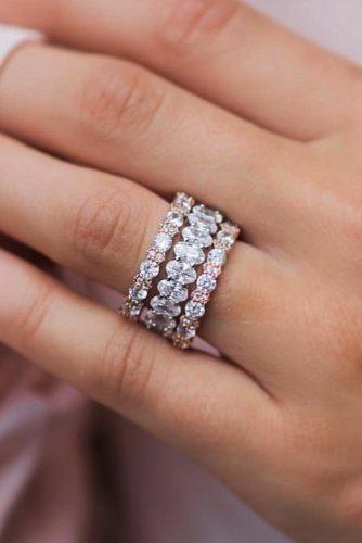 10 Fresh Engagement Ring Trends For 2018 Trending Engagement Rings Stackable Diamond Rings Rose Engagement Ring