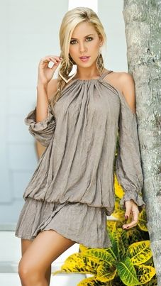 Bohemian dress....Not a Dress Person whatsoever but I do Love this and would totally Rock it!