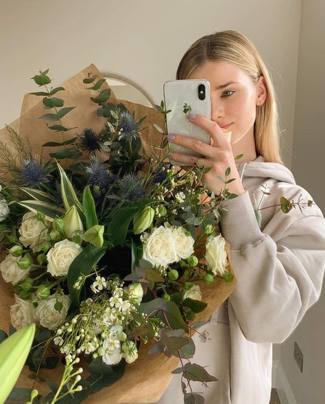 """— your mother always liked flowers and can I tell you a secret, bella? I liked to give flowers to your mother just to see her happy. Medium Scene Hair, Short Scene Hair, Indie Scene Hair, Scene Bangs, Hair Medium, Scene Makeup, Braided Hairstyles Updo, Updo Hairstyle, Wallpaper Quotes"