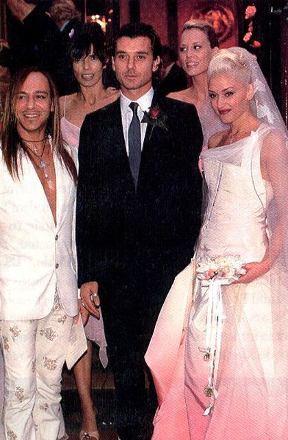 Celebrity Trend Red And Pink Wedding Dresses Gwen Stefani Wedding Pink Wedding Dresses Gwen Stefani Style