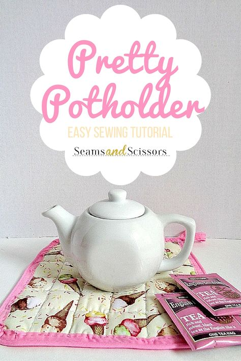 Make your own easy DIY potholder with this tutorial. | Seams and ...