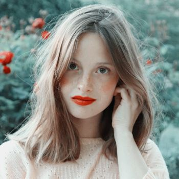 Wavy Bob Hairstyles, Cute Hairstyles, Hair Inspo, Hair Inspiration, Short Hair Cuts, Short Hair Styles, French Girl Style, Hair Color And Cut, New Haircuts