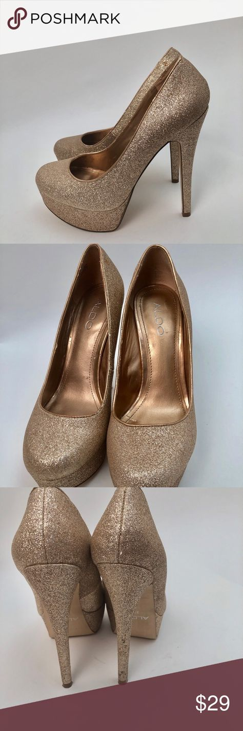 """61efc1bef1b Aldo gold Glitter Platform 5"""" heels size 37 or 7 Aldo Platform heels in  gold glitter are in great shape and perfect for New Year s Eve Party"""