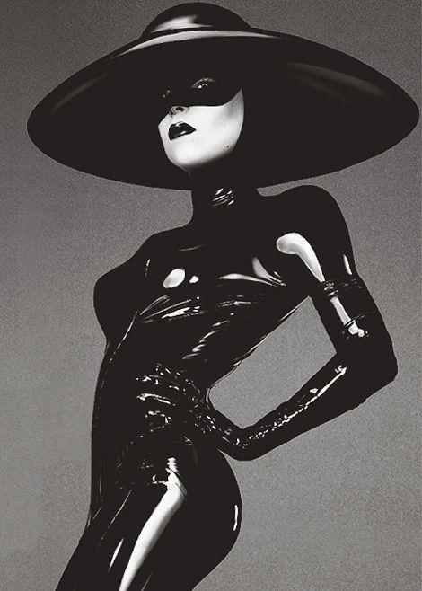 Lady Gaga: Fame. #blackandwhite http://www.pinterest.com/TheHitman14/black-and-white/