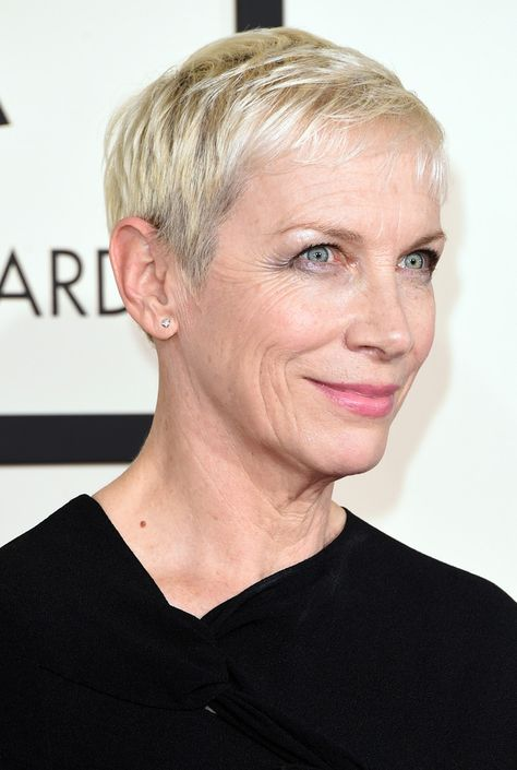 Singer Annie Lennox attends The 57th Annual GRAMMY Awards at the STAPLES Center on February 8, 2015 in Los Angeles, California. | 40plusstyle.com