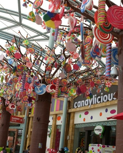 Candy Candy Everywhere