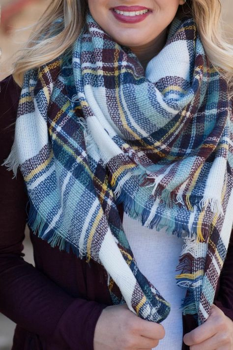 Pretty blanket scarf