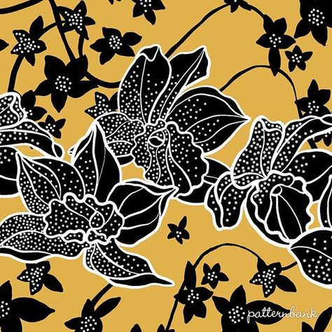 » patternbank.com/victoriakrupp  Finished my #pattern with #graphic #orchids. This #print is available on #patternbank #fashion #surfacepattern IG: @victoriakrupp.patterns