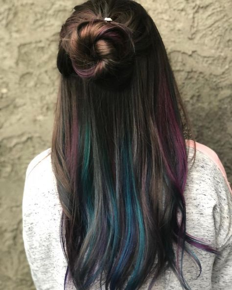 25 Cutest Peekaboo Highlights You'll See In 2019 – We have the latest on how to get the haircut, hair color, and hairstyles you want for the season! 25 Cutest Peekaboo Highlights You'll See In 2019 25 Cutest Peekaboo Highlights You'll See In 2019 Hair Color Highlights, Ombre Hair Color, Hair Color Balayage, Cool Hair Color, Balayage Hairstyle, Hidden Hair Color, Blue Peekaboo Highlights, Rainbow Hair Highlights, Brown Balayage
