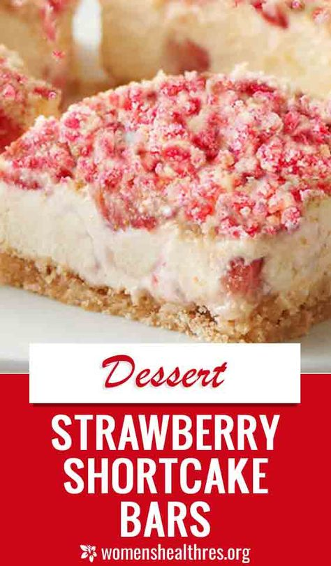 These Strawberry Shortcake Bars are a favorite summer dessert with an out of this world CRUMBLE topping! These Strawberry Shortcake Bars are a favorite summer dessert with an out of this world CRUMBLE topping! Strawberry Crunch Cake, Strawberry Shortcake Cheesecake, Homemade Strawberry Shortcake, Strawberry Dessert Recipes, Summer Dessert Recipes, Desserts With Strawberries, Best Summer Desserts, Strawberry Brownies, Strawberry Summer