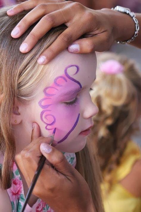 Pintar la cara mariposa en DEF deco | Decorar en familia
