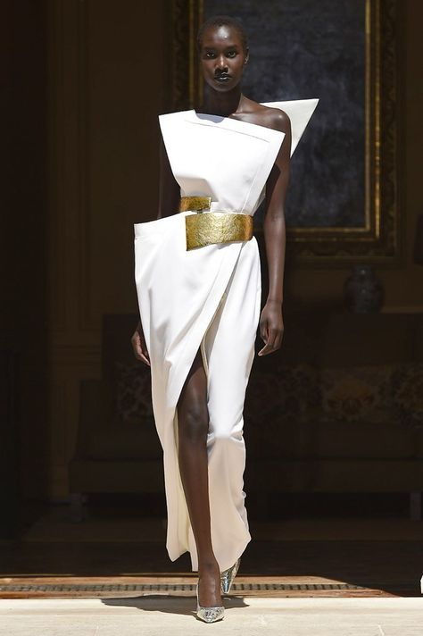 The Most Mind-Blowing Looks from Fall 2019 Couture Fashion Week